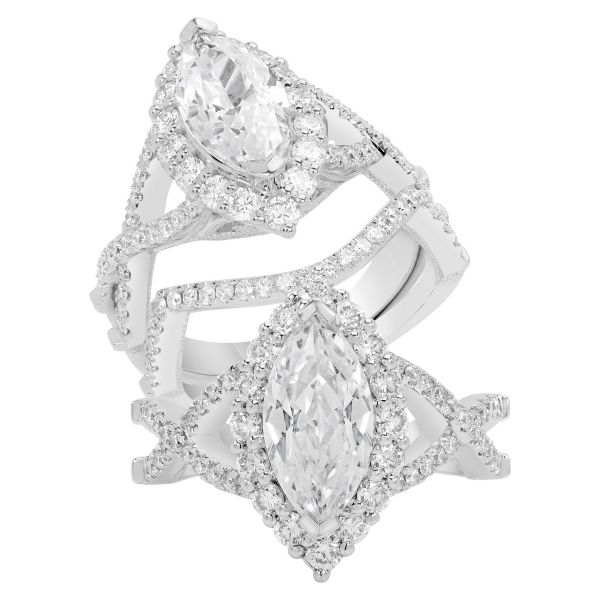 14K Marquise Cut Diamond Engagement Ring TWT  0.95  CT.  Style