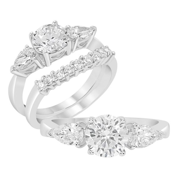 14K Three Stone Cut Diamond Engagement Ring TWT  0.50  CT.  Style
